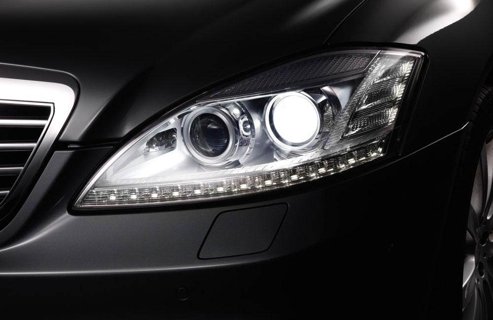 Ксеноновая оптика на автомобиле