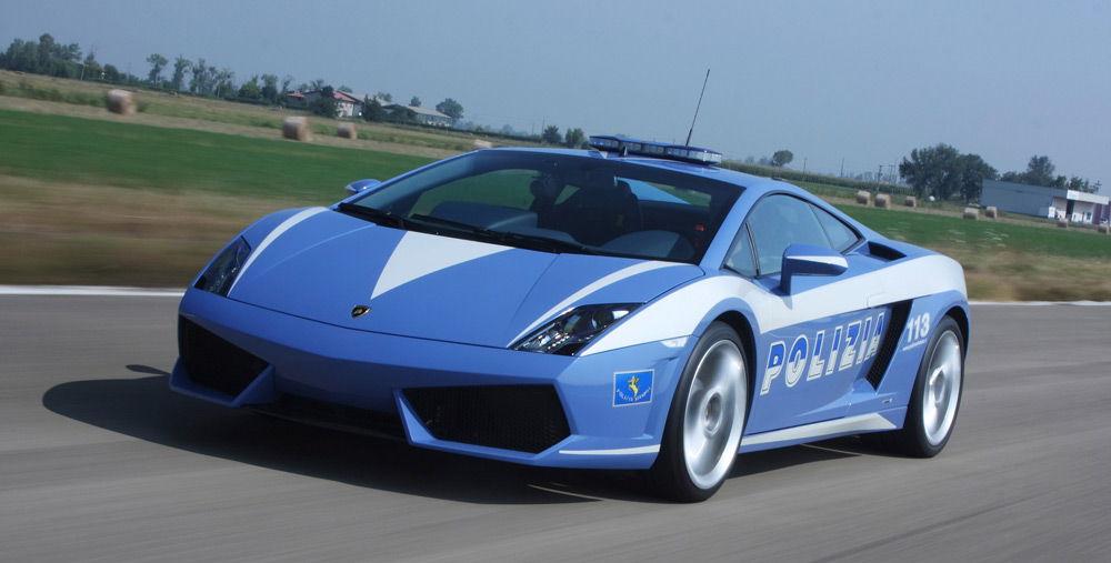 Полицейские машины мира или на чём ездит полиция в разных странах