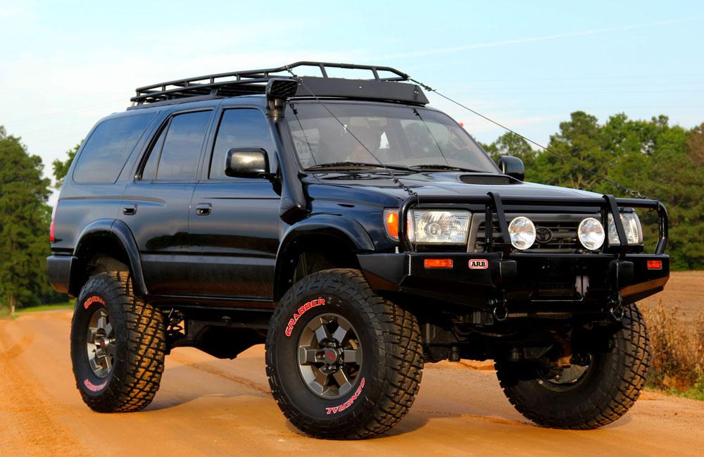 Передвижение на Toyota Hilux Surf