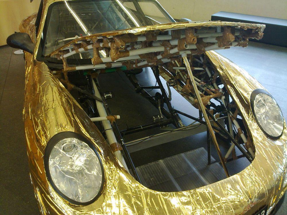 Porsche Ferdinand GT3 RS с велосипедом внутри