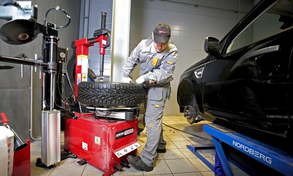 Шиномонтаж ремонт колеса