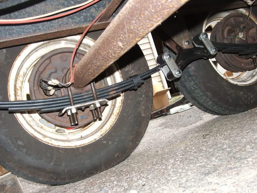 Тормоза для прицепа легкового автомобиля