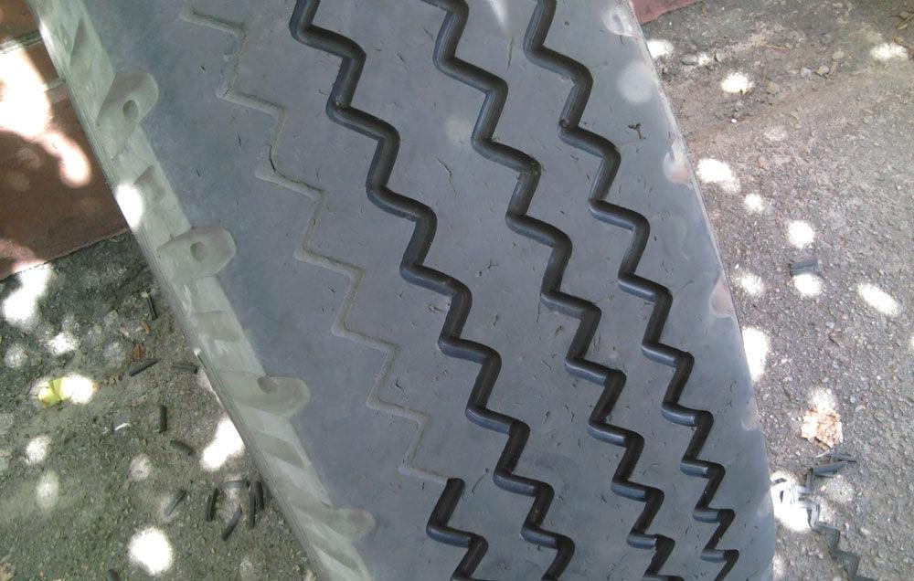 Нарезка протектора шины