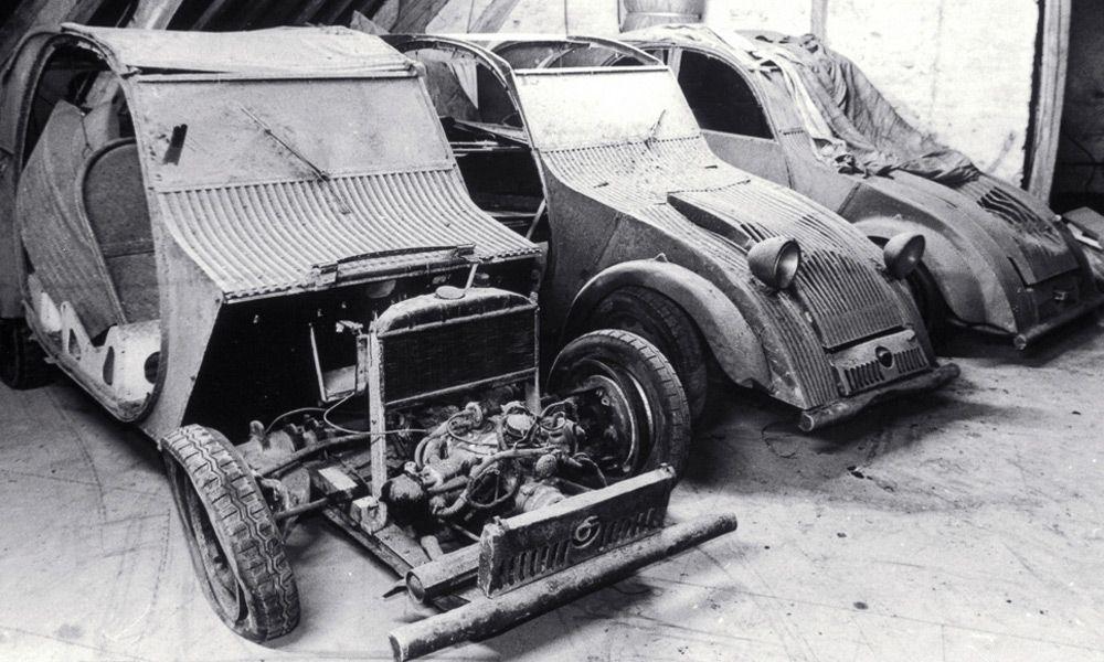 Спрятанные от немцев автомобили