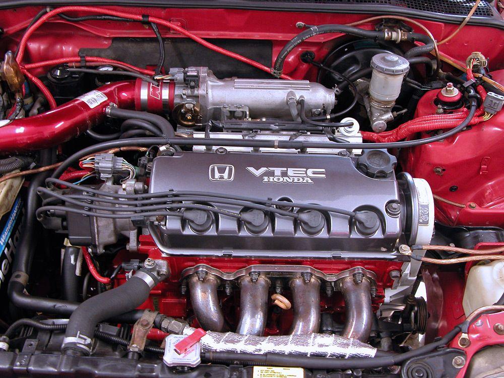 Двигатель VTEC