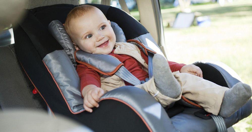 Ребёнок в автомобиле