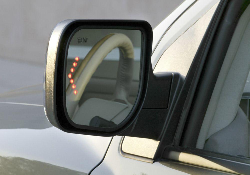 Зеркало с повторителем поворота