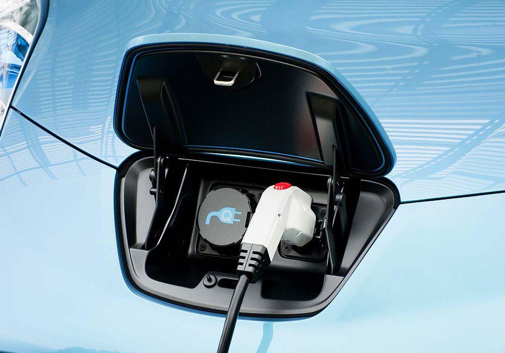 Электрозаправка автомобиля