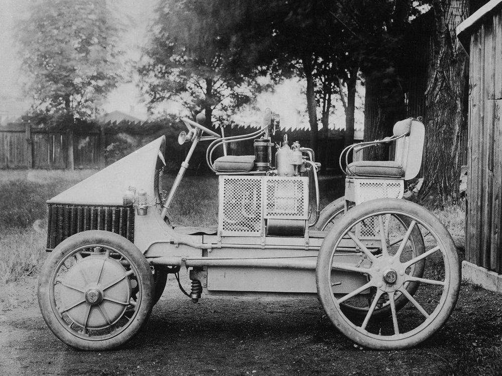 Первый гибридный автомобиль Порше