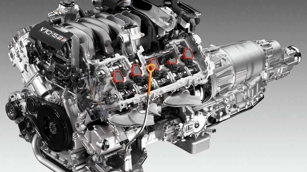 Бензиновый двигатель V10