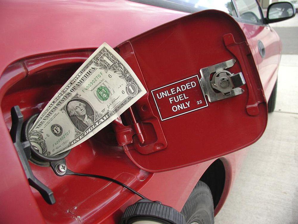 Доллар в баке