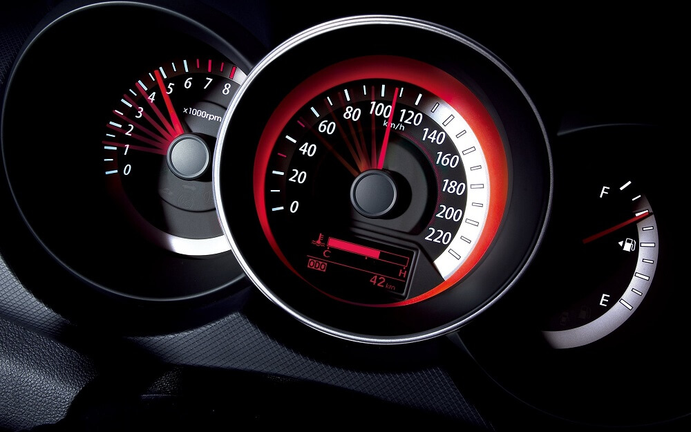Сбрасывание скорости автомобиля