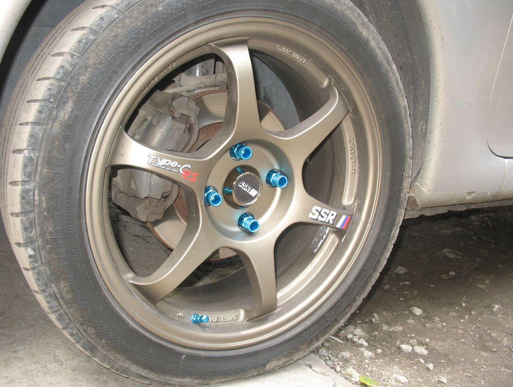 Шпильки колесных проставок