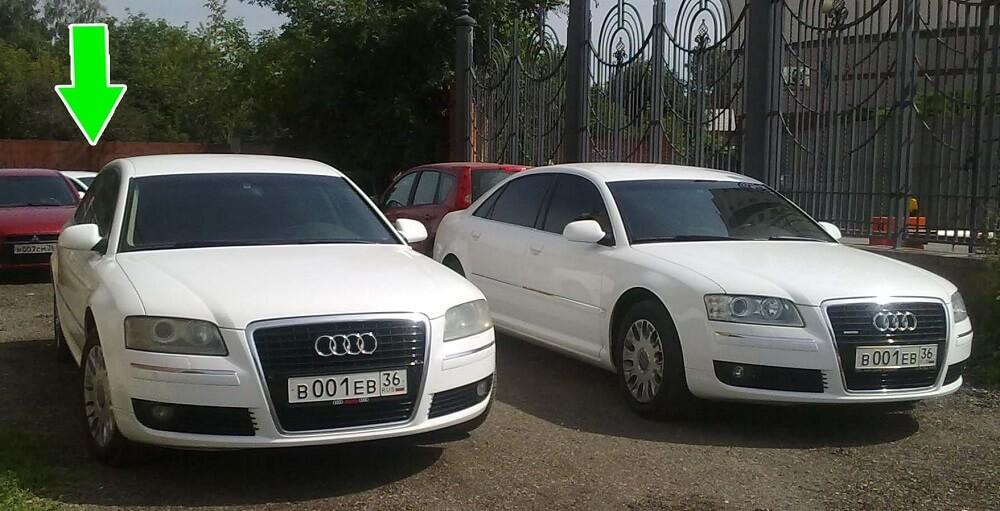 На фото автомобили двойники