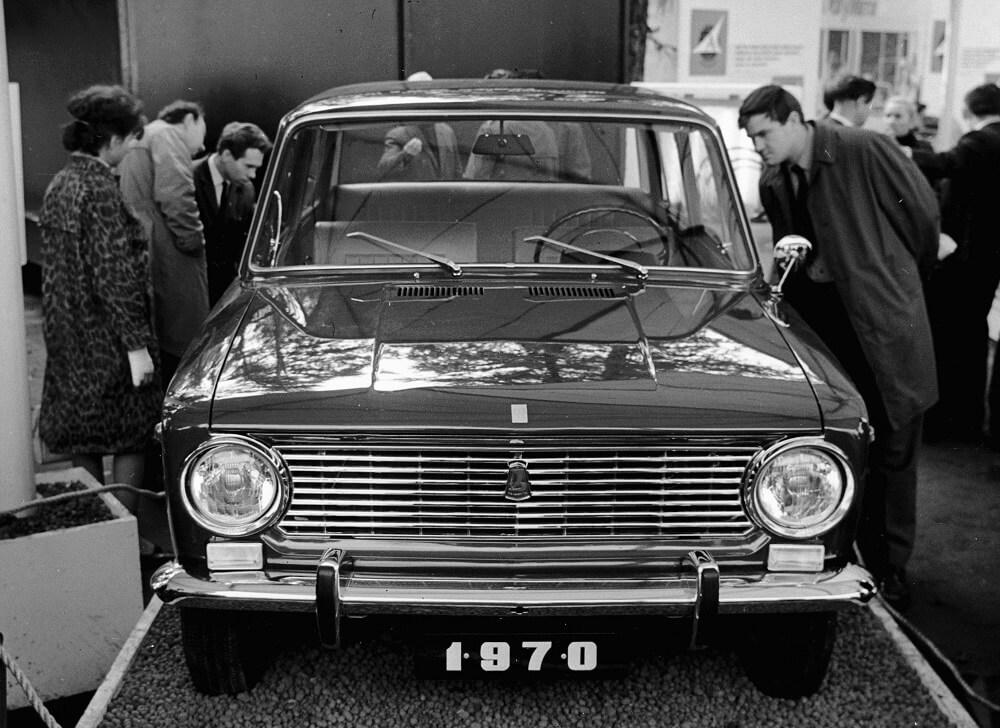 Один из первых выпущенных ВАЗ 2101