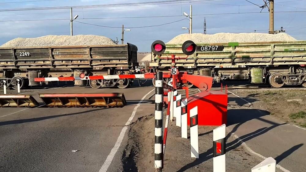 Изображение - Как правильно разворачиваться на дороге pereezd-so-shlakbaumom