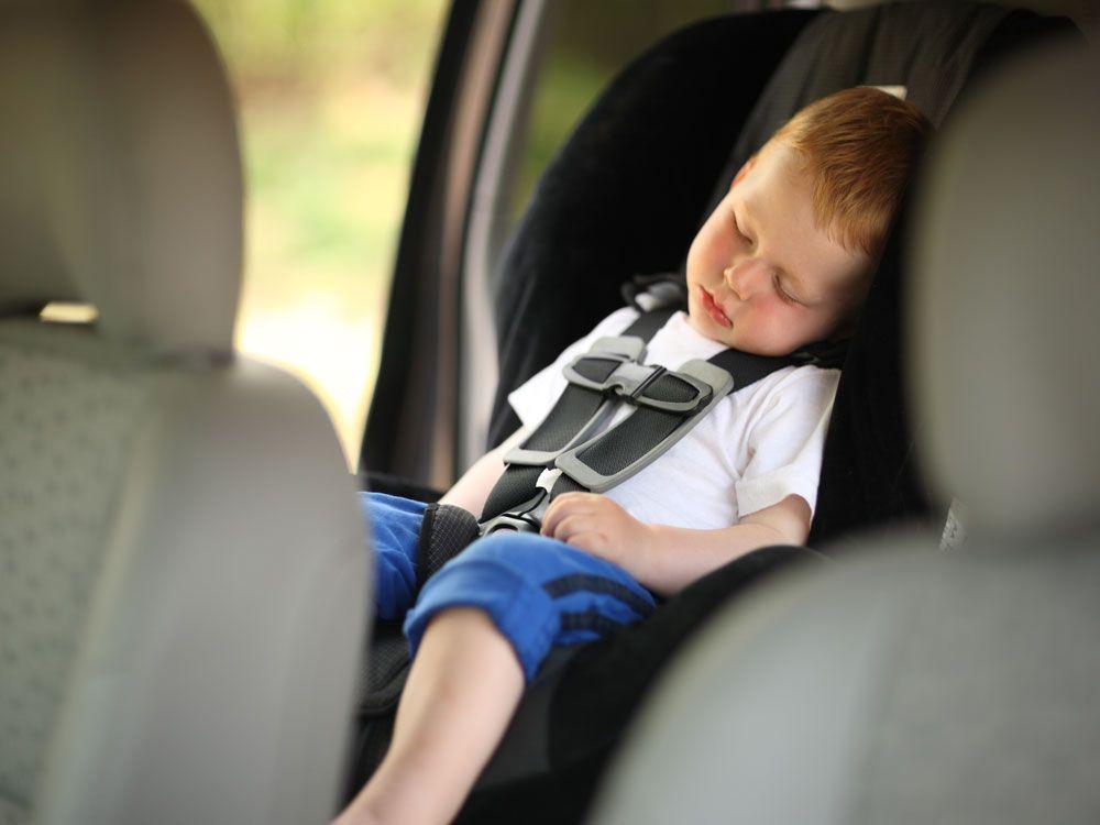 Ребёнок на заднем сиденье