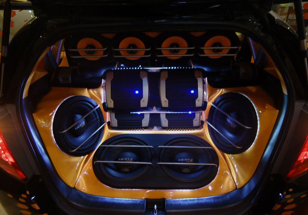 Аудиосистема в багажнике