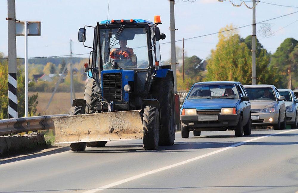 Движение за трактором