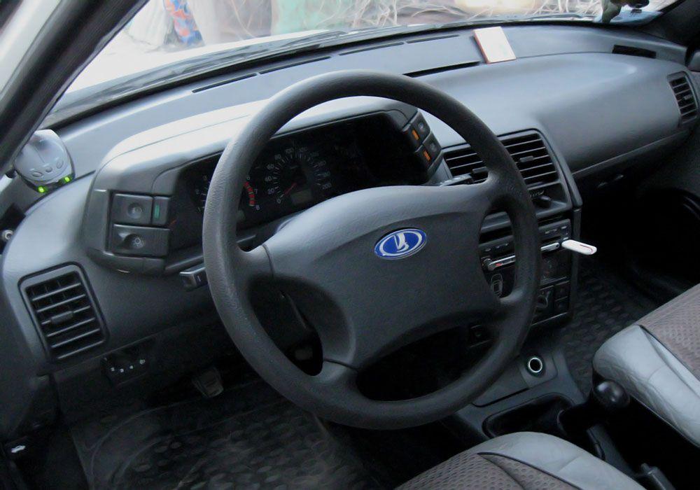 Руль в автомобиле