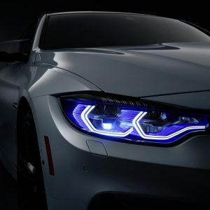 BMW M4 белого цвета