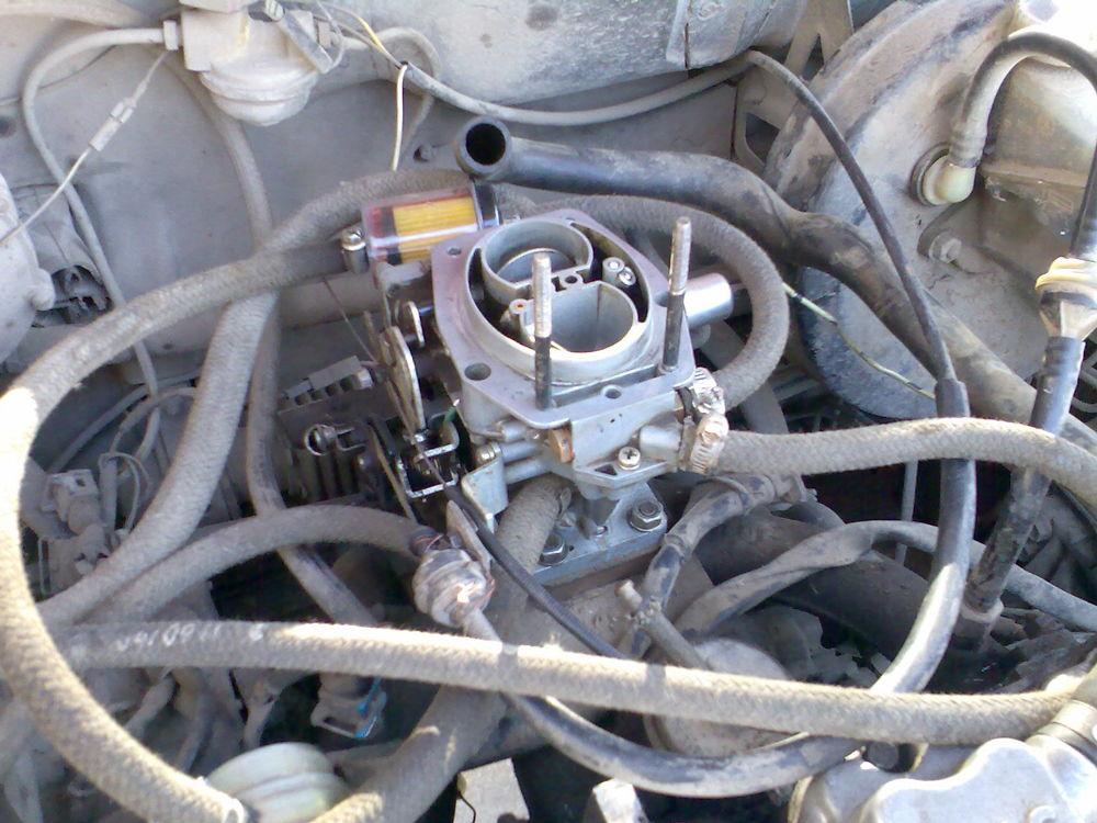Моторный отсек ВАЗ-2108