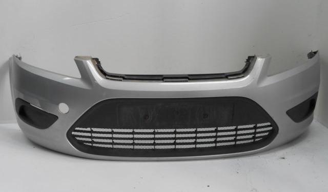Передний бампер Ford Focus 2