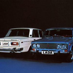 Белый и синий ВАЗ-2106