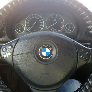 Кожаная оплетка на руль BMW