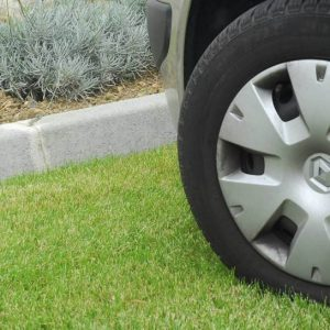 Штраф за езду и парковку на газоне
